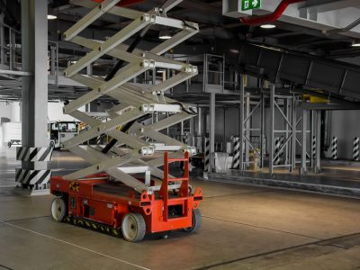 Scissor Lifts: Operator Safety